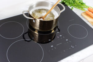 Induction Cooktop Boiling Water