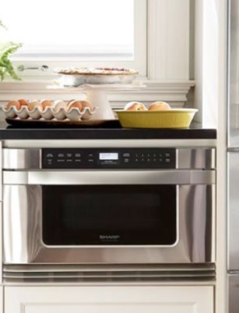 Space-Saving Appliances: Tips on Saving Kitchen Space with Built-in Microwaves & Other Appliances