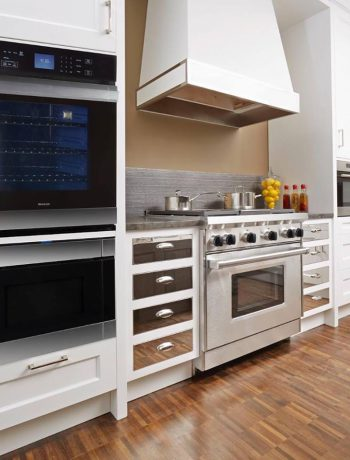Pros & Cons of Microwave Drawers: What to Consider When Looking for a Drawer-Style Microwave for Under-the-Counter Placement