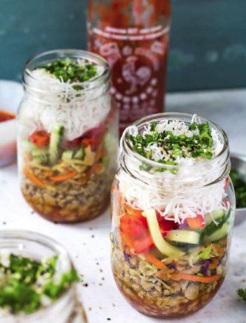 Meal preps in mason jars.