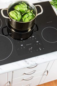 Boling Vegetables on an Induction Cooktop