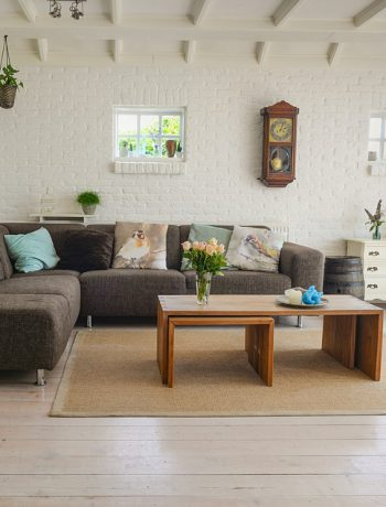 Spring decor living room design.