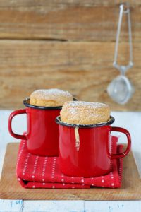 Vanilla Mug Cake - 5 Classic Dessert Recipes to Make in the Microwave