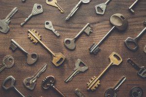An array of keys spread out.