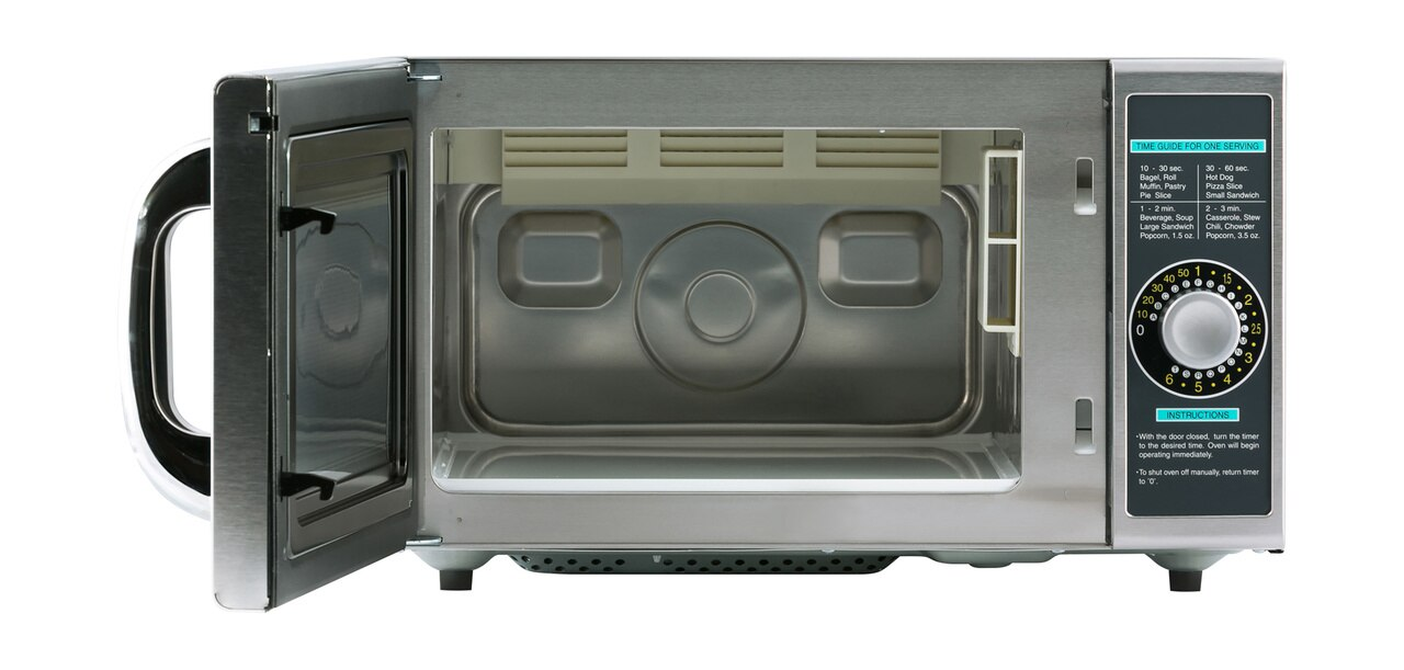 Medium-Duty Commercial Microwave Oven with 1000 Watts (R21LCFS) – front view with door open