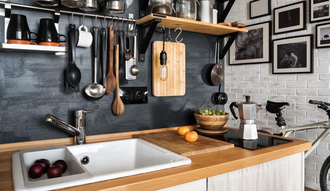 Rustic modern kitchen design with accessories.