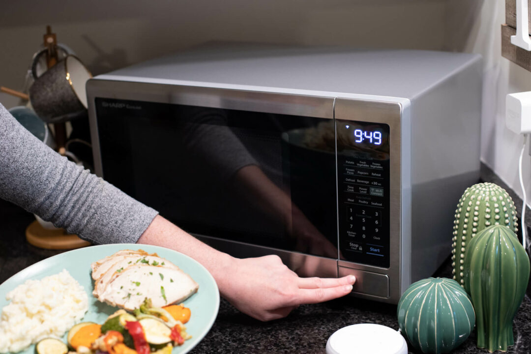 Sharp Smart Microwave that Works with Alexa