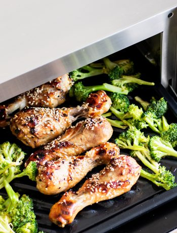 Sharp chicken legs and broccoli in a Sharp Supersteam Oven.