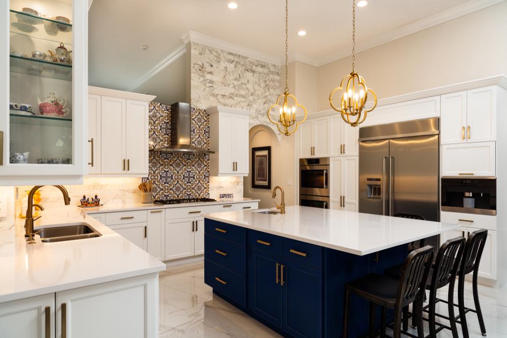 Beautiful blue and white kitchen design